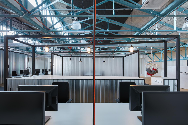 Kurz_architekti_SinnerSchrader_offices_BoysPlayNice_12