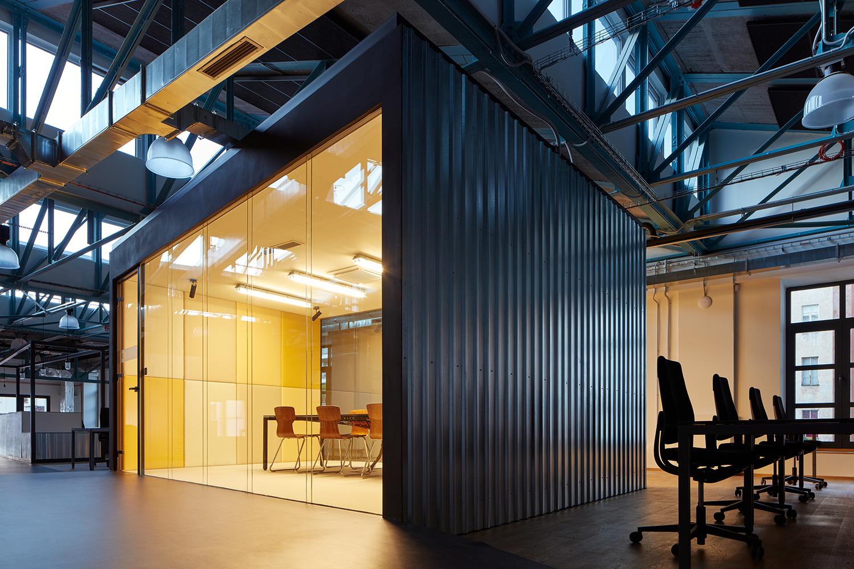 Kurz_architekti_SinnerSchrader_offices_BoysPlayNice_20