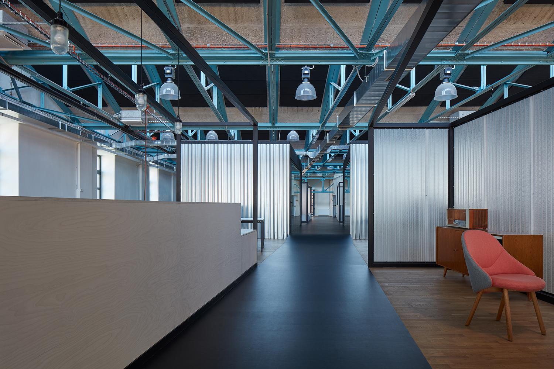 Kurz_architekti_SinnerSchrader_offices_BoysPlayNice_28