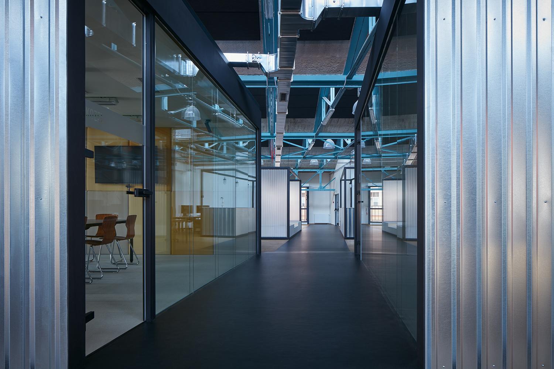 Kurz_architekti_SinnerSchrader_offices_BoysPlayNice_30
