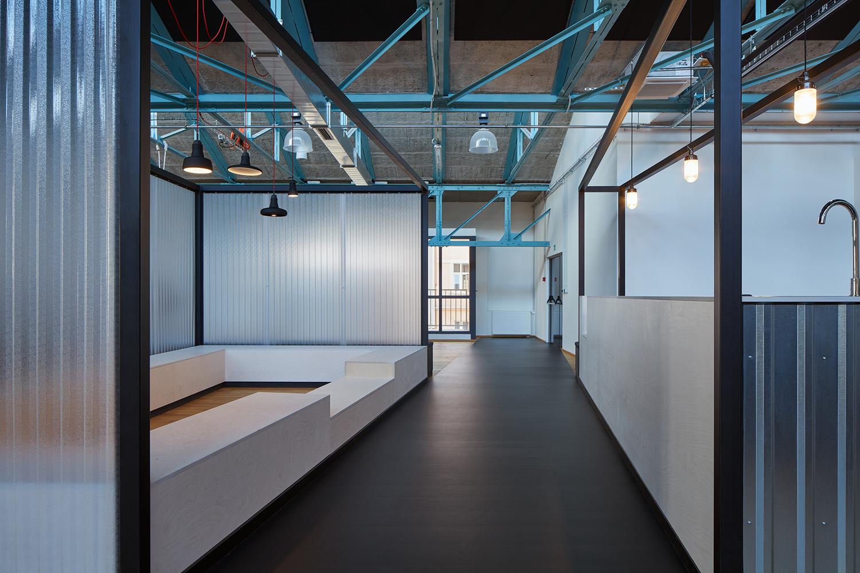 Kurz_architekti_SinnerSchrader_offices_BoysPlayNice_33