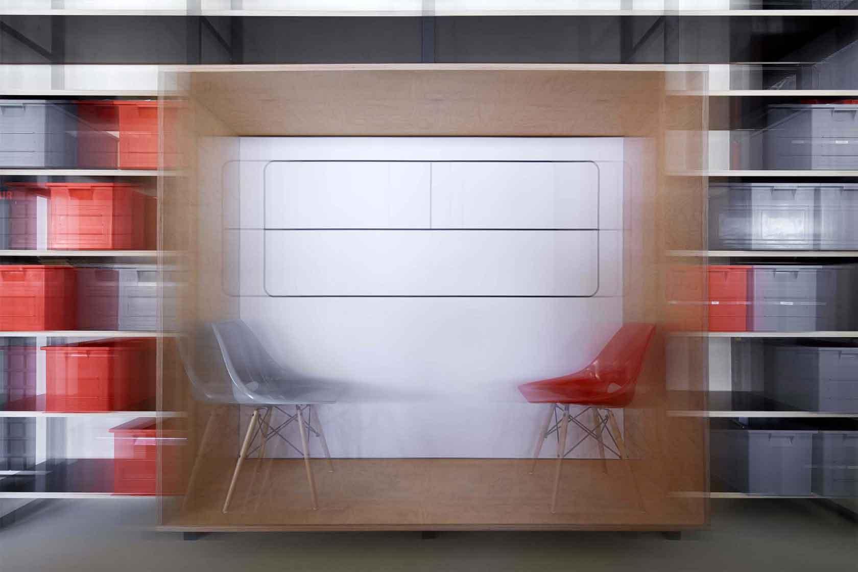 Kanceláře Czech Promotion  - kompaktní meeting box pro meetingy ve dvou. Autor: Kurz architekti