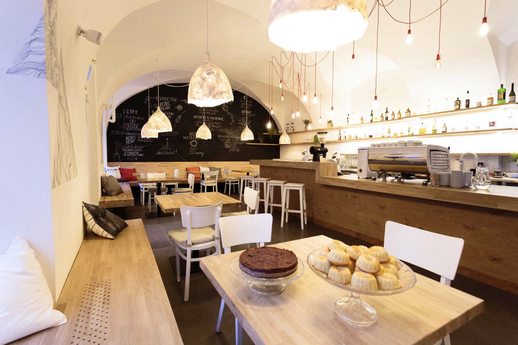 Cafe Datel (Woodpecker)