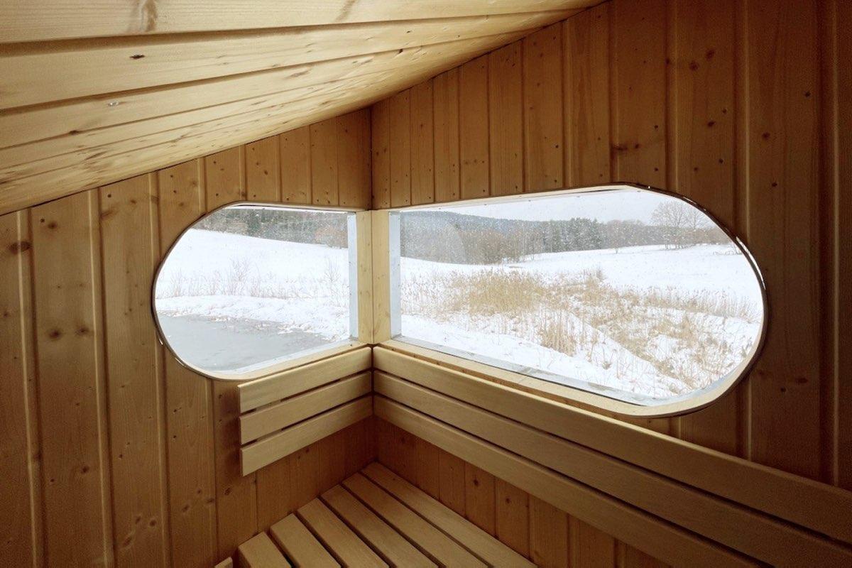 Sauna Yakisugi - interiér sauny. Autor: KURZ architekti